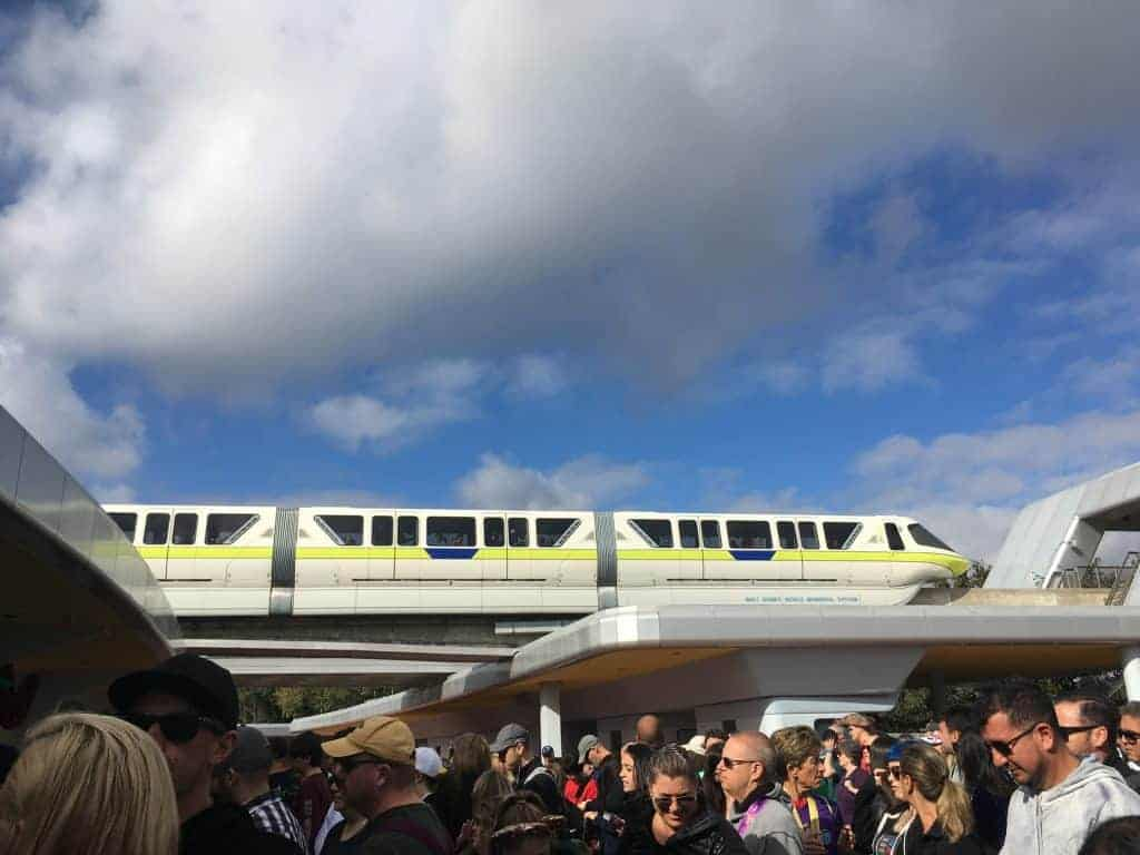 the monorail and lines to get in the park